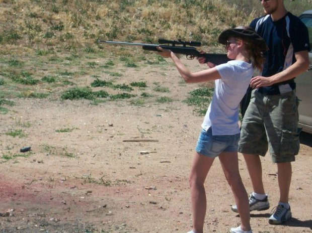 Alice learning to shoot